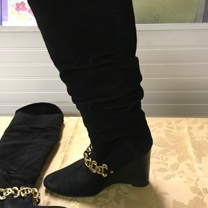 BCBG suede wedge boots 37.5